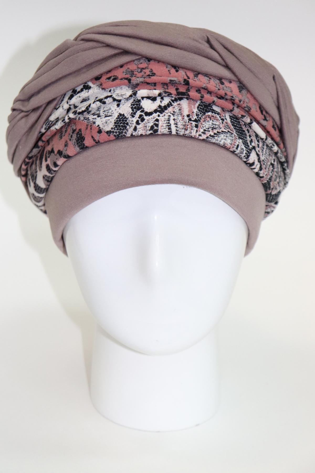 Женская шапка идеальной посадки из трикотажа 2х цветная декорированная драпировкой
